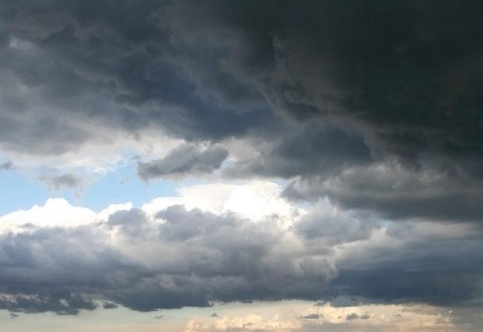 Meteo a Roma: temporali in arrivo, allerta per venti di burrasca