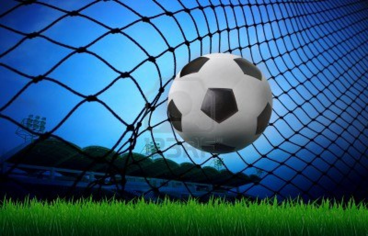 15698046 Calcio Calcio In Rete Della Porta E Lo Stadio Sfondo Del